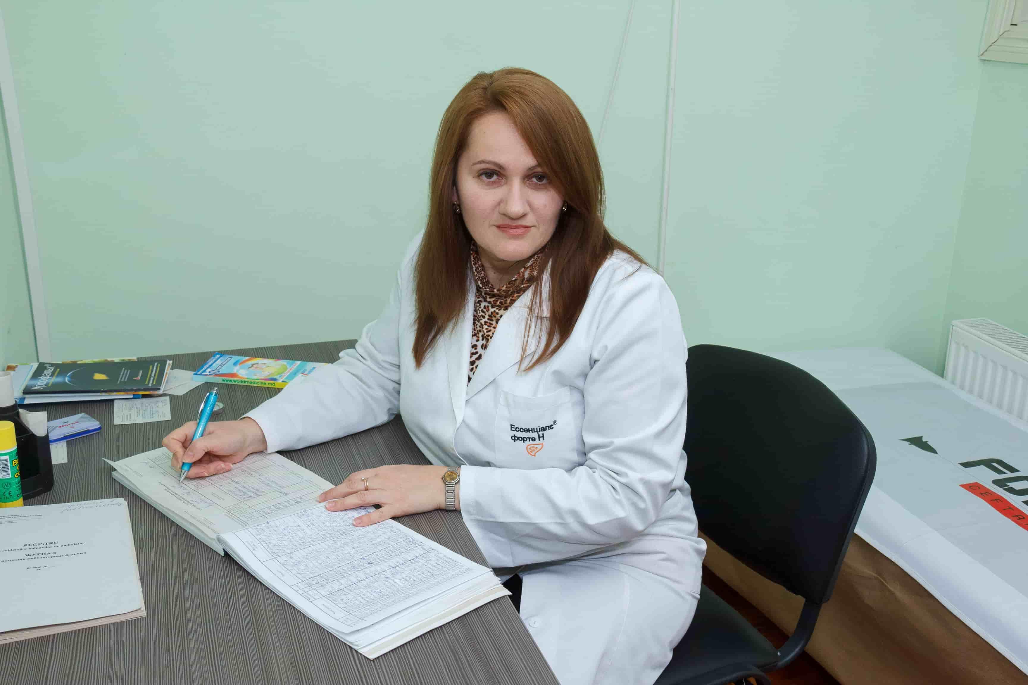 Medic gastrolog